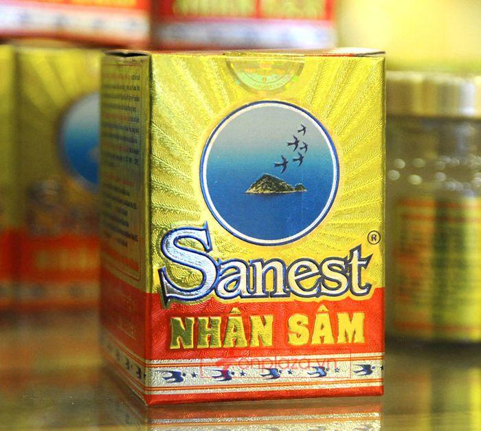 Thành phần được in với 2 ngôn ngữ Anh và Việt có in chứng chỉ về chất lượng kèm theo.