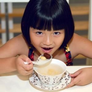Sử dụng yến sào giúp trẻ phát triển thể chất tốt hơn