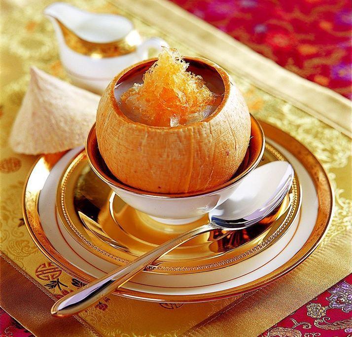 Yến sào chưng nước cốt dừa thơm ngon, giàu dinh dưỡng