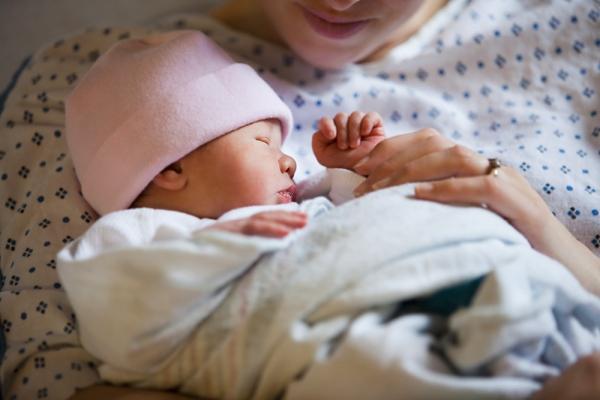 Nguyên nhân dẫn đến việc sinh non