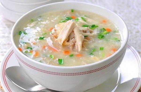 Món súp yến sào gà xé cho ngày hè bớt nóng