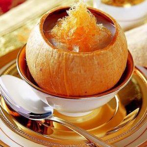 Yến sào chưng với nước cốt dừa thơm ngon, giàu dinh dưỡng